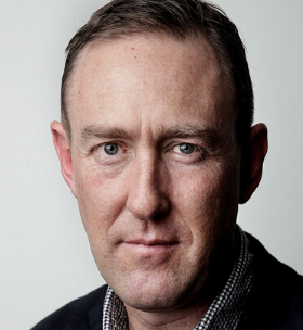 headshot Andrew Meares